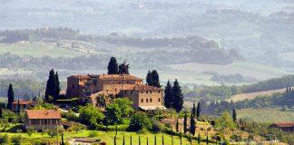 Ταξιδεύοντας στην Ιταλία: τα 5 καλύτερα μέρη για κρασί και διακοπές!