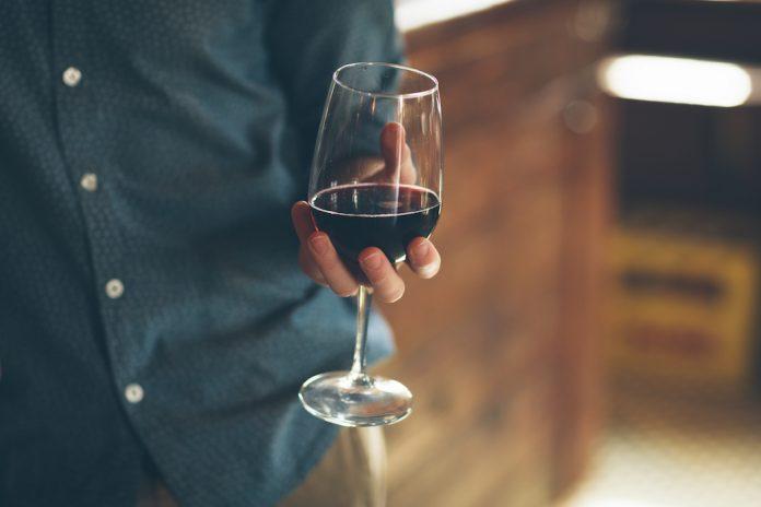 Ποιοι είναι οι τέσσερις νέοι Masters of Wine;