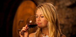 Η θέση της γυναίκας στη βιομηχανία του κρασιού: Μία επιτυχημένη οινοποιός αποκαλύπτει